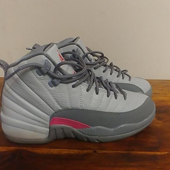 new product 5cbdf 7c217 Jordan 12 Retro Wolf Gray Pink Youth Size 6